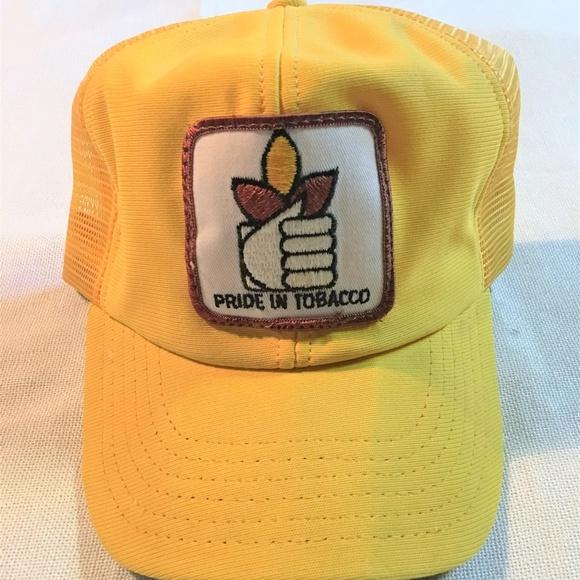 Vintage Trucker Hat. M 5be76f79c89e1dbedcc7c886 fbe16e44da14